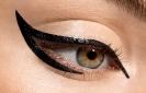 Макияж кошачий глаз