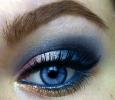 Вечерний макияж для голубых глаз