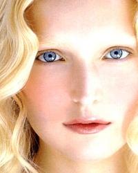 Косметика для комбинированной кожи: внимание к каждому участку лица
