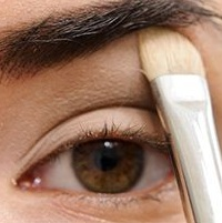 Тени для бровей: специальное средство для эффектного макияжа