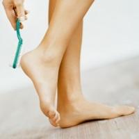 Как сделать ноги ухоженными и красивыми: домашние и салонные процедуры