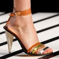 Обувь – тренды весна-лето 2012