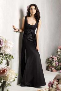 Платья с декольте вечернее фото