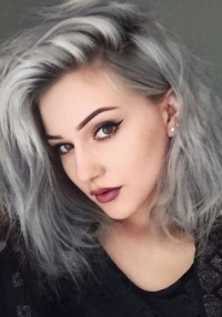 Серый темный цвет волос