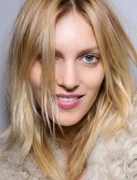 Как осветлить волосы – перекись и другие народные средства