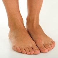 Отеки ног: лечение зависит от причины