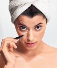 База под макияж: маскируем недостатки кожи