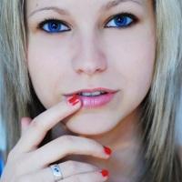 Дневной макияж для голубых глаз: как подчеркнуть красоту цвета