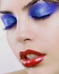 Яркий макияж: выразительность против пошлости