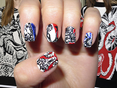 дизайн ногтей со знаком зодиака