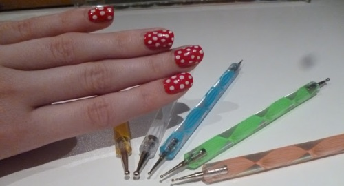 рисунки на ногтях для начинающих трафарет и ручки