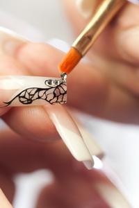 Форма ногтей: бриджит, пайп, стилеты и едж