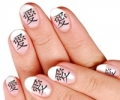 Иероглифы на ногтях: очень мудрый маникюр