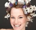 Как накрутить волосы на бигуди: несложные правила