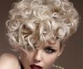 Причёски из кудрявых волос для выпускного бала: главное правильно подобрать средства укладки