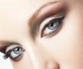 Красивый макияж для серых глаз: калейдоскоп модных образов