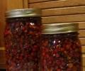 Настойка боярышника: польза и вред лечебных плодов