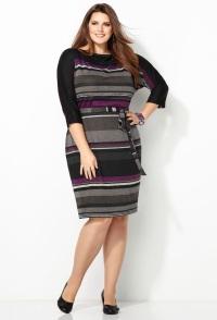 вязаное платье с рисунком для полных женщин