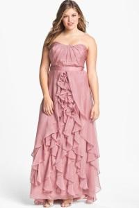 нарядные платья с воланами для полных женщин