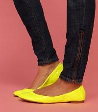 Как растянуть лаковую обувь: проблемно, но возможно